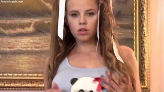 2014-09-07 Mia – Wow Teen
